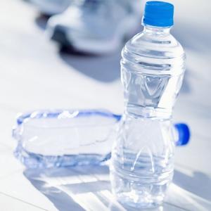矿泉水不同于纯净水,它含有一定的矿物质成分