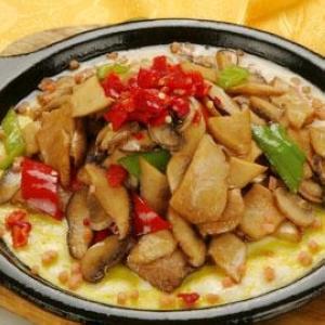 芦笋海鲜菇烩鲍鱼
