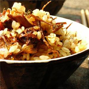 干菜酱油炒饭